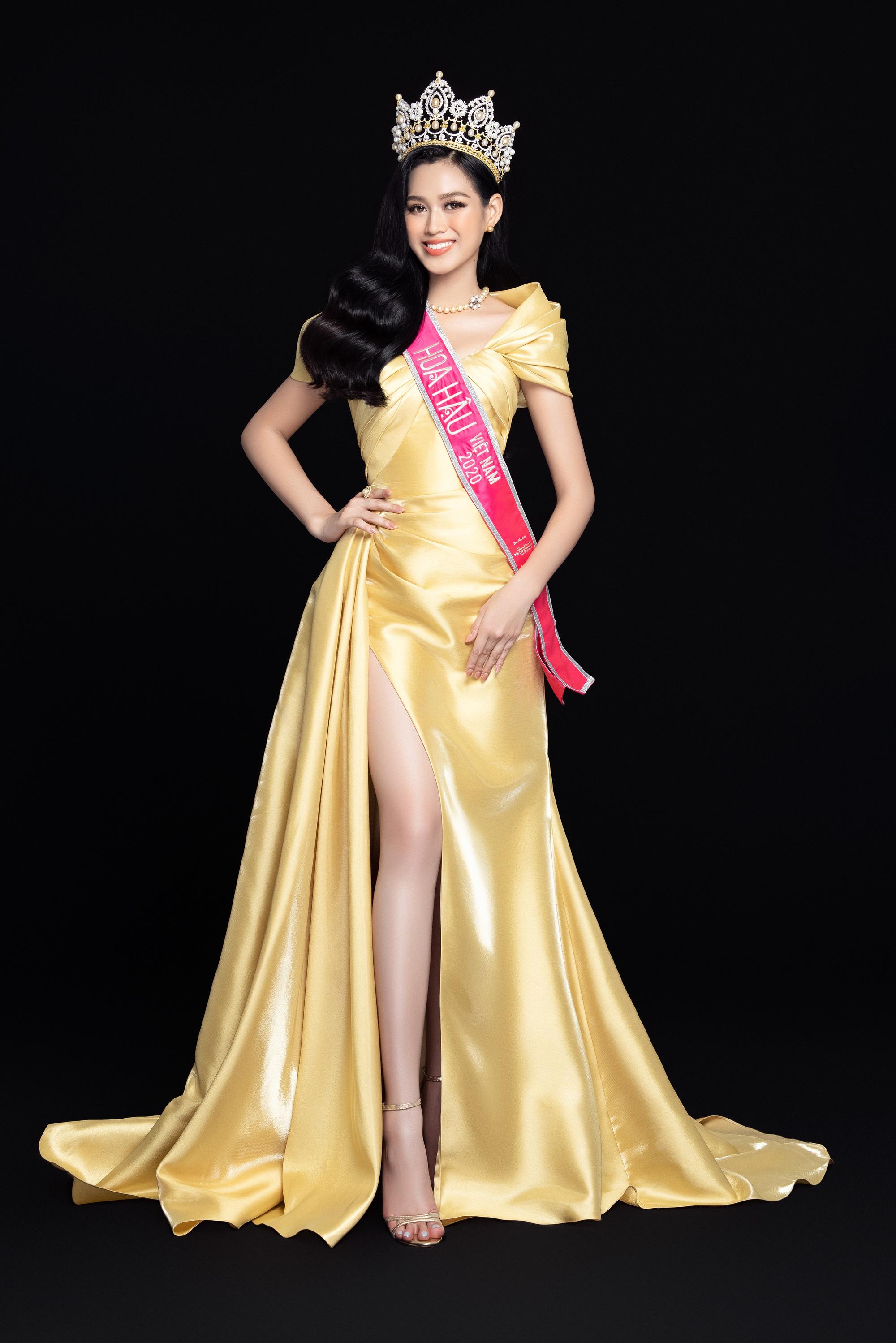 """Hoa hậu Đỗ Thị Hà: """"19 tuổi đăng quang, không phải là áp lực"""" - Ảnh 4."""