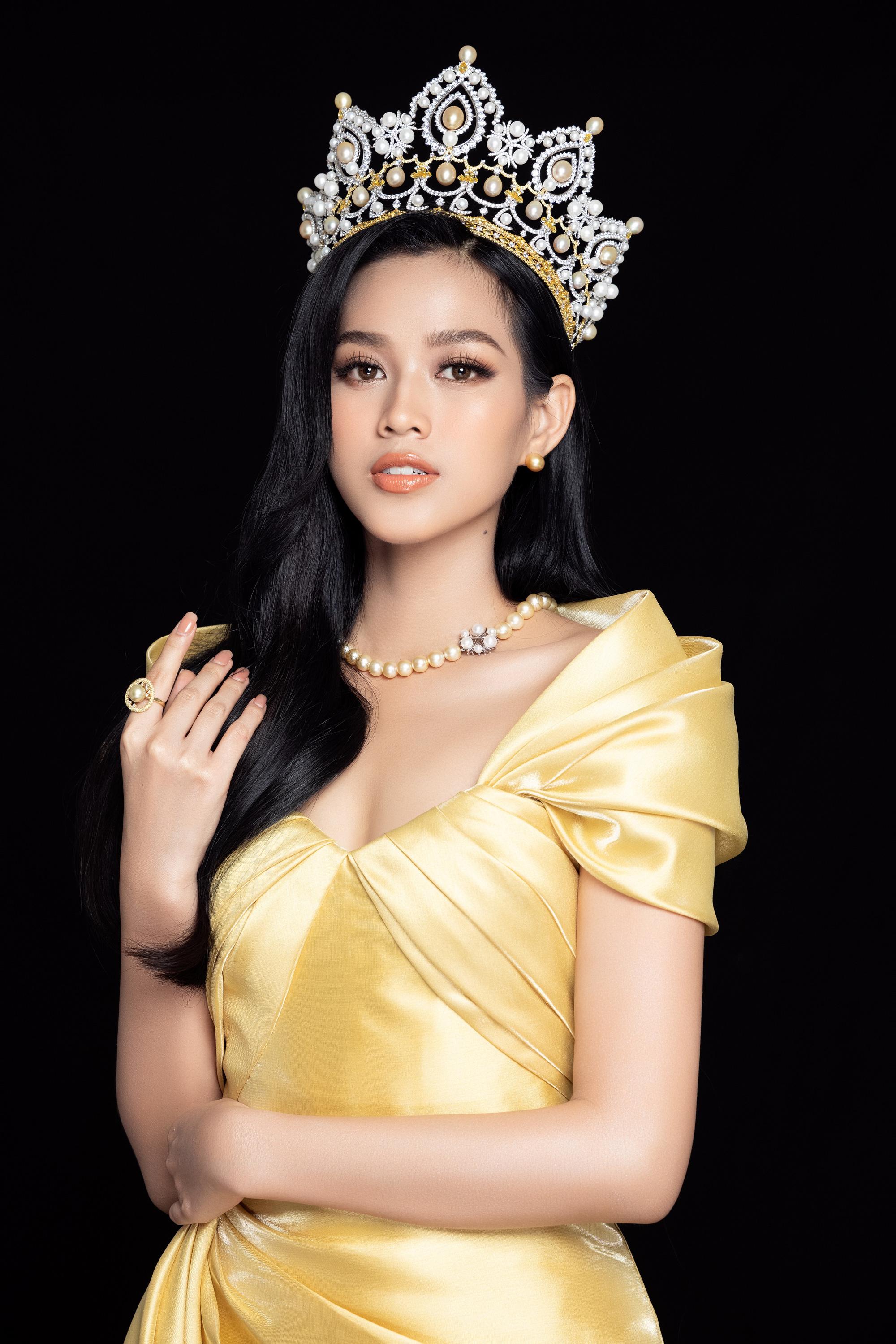 """Hoa hậu Đỗ Thị Hà: """"19 tuổi đăng quang, không phải là áp lực"""" - Ảnh 6."""
