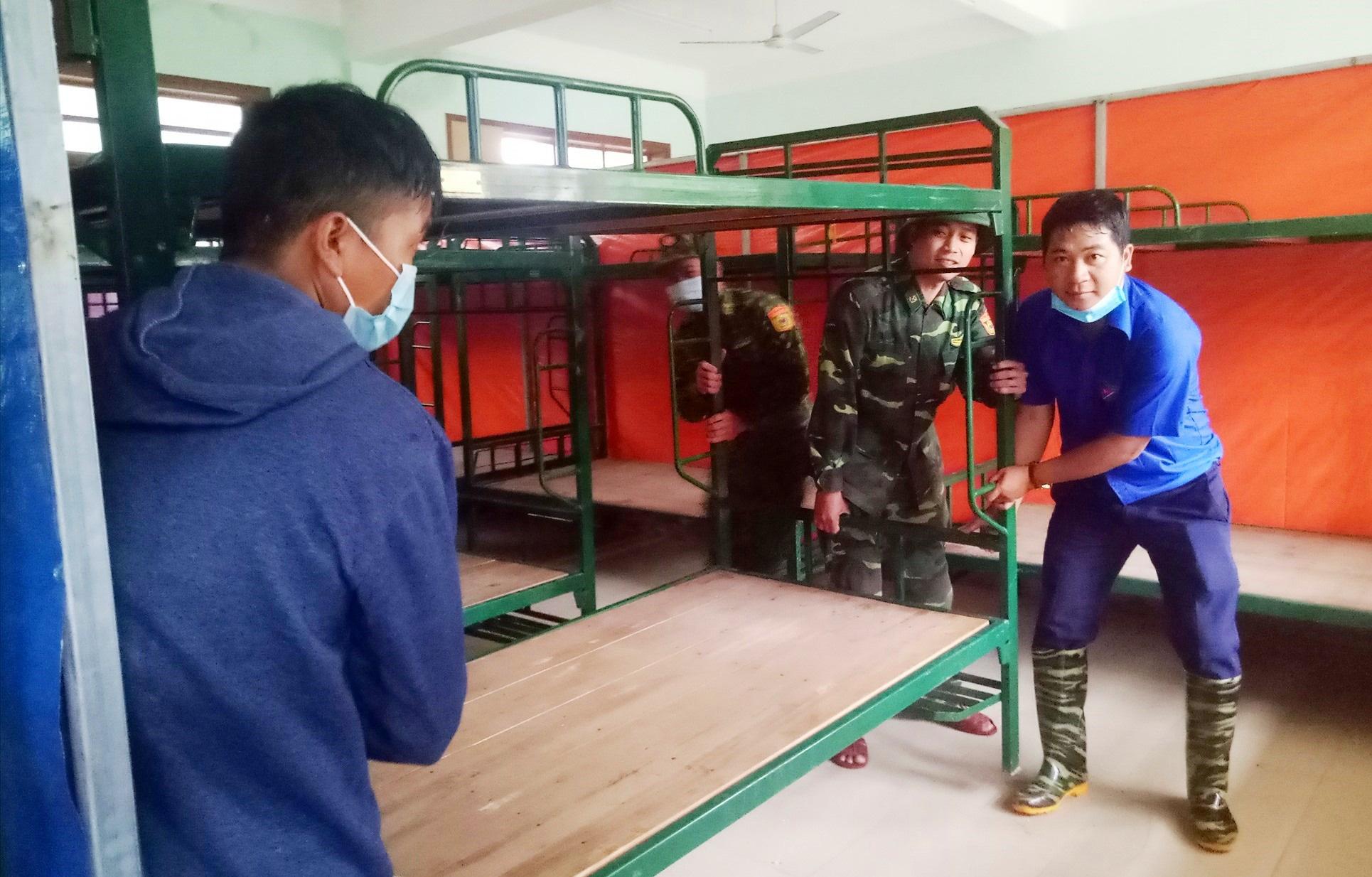 Quảng Nam: Trường 24 tỷ đồng không dám cho học sinh học vì bị sạt lở - Ảnh 5.