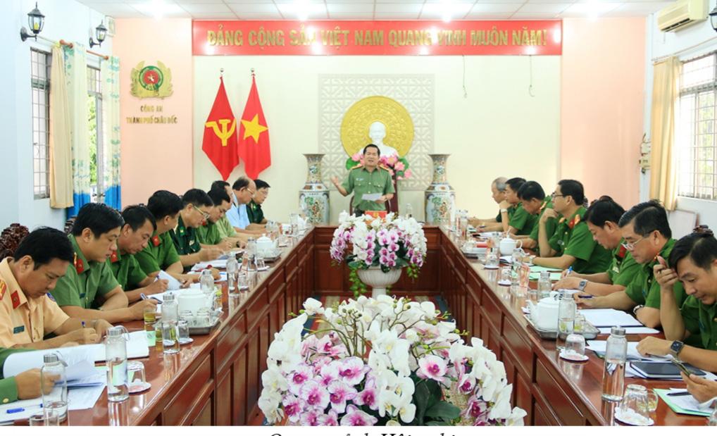 An Giang: 2 tháng bắt giữ 468 vụ buôn lậu tổng trị giá 82,5 tỉ đồng - Ảnh 3.