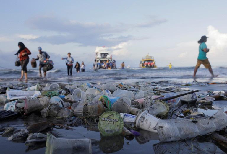 """Nhiều quyết sách cứng rắn """"dọn"""" rác thải nhựa khỏi bờ biển Đông Nam Á - Ảnh 2."""
