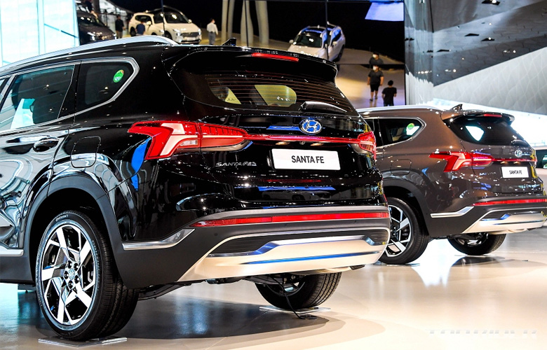 Hyundai Santafe 2021 đã về Việt Nam, giá chỉ từ 617 triệu đồng - Ảnh 3.