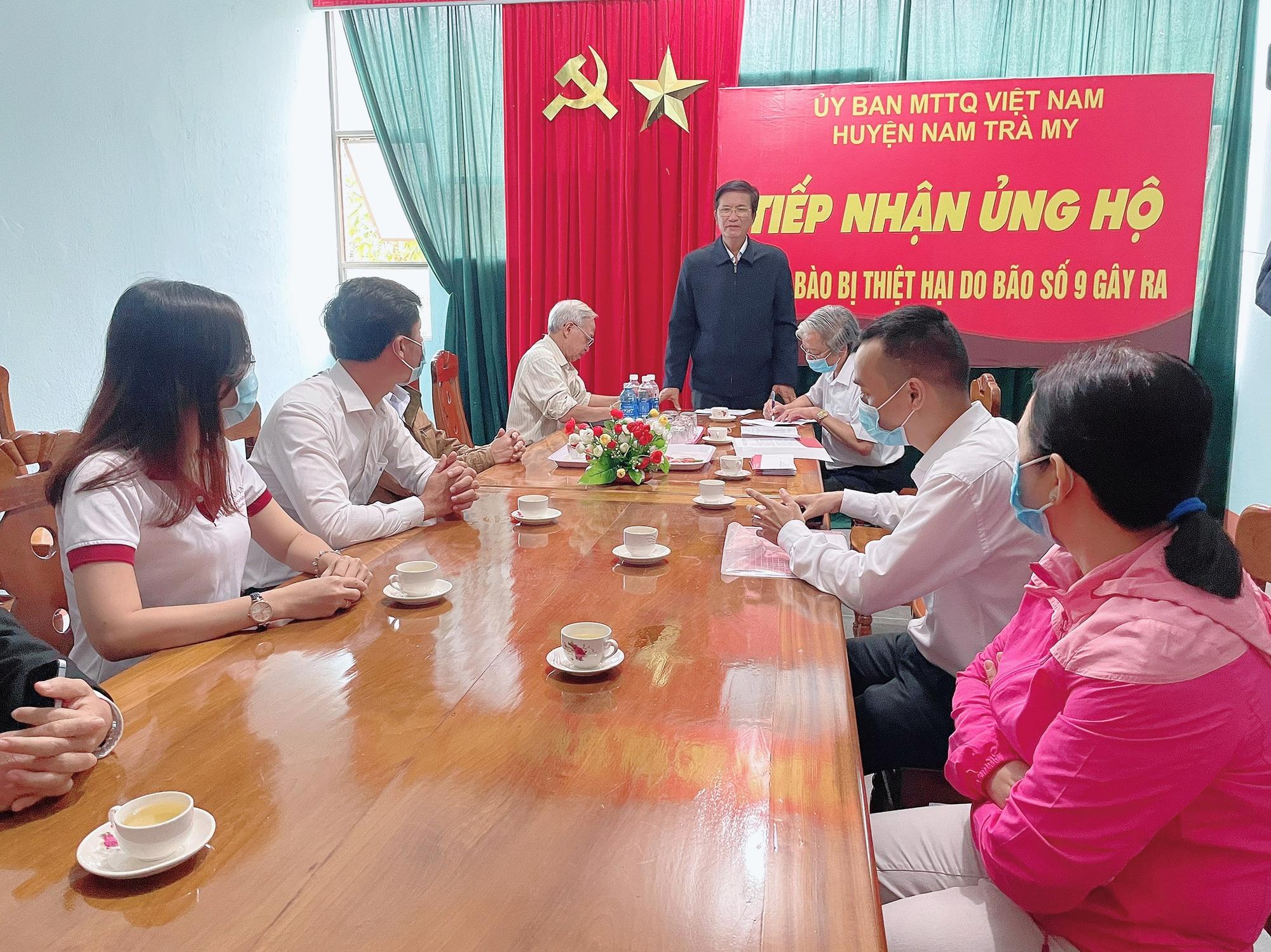 Agribank: Tiểu ban Chỉ đạo chương trình PTTN khu vực Tây Nam bộ hỗ trợ đồng bào chịu ảnh hưởng bão, lũ tại Quảng Bình - Ảnh 4.