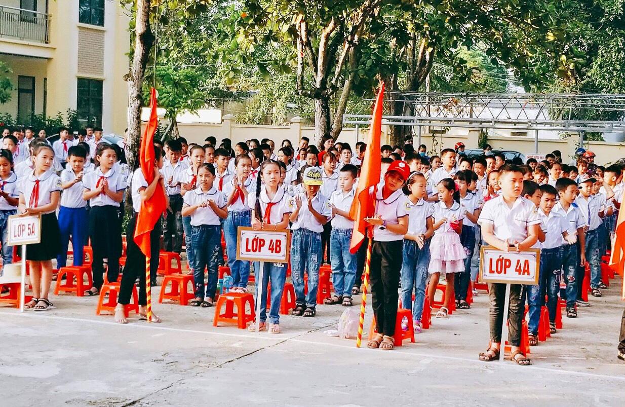 Trường TH&THCS Quang Trung: Đổi mới rõ nét trong chất lượng giáo dục - Ảnh 2.