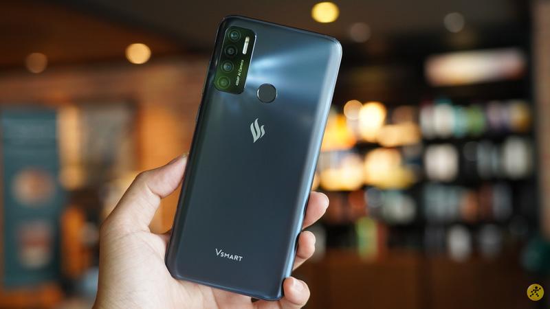 Điện thoại Việt Vsmart năm 2020 và những con số biết nói - Ảnh 2.