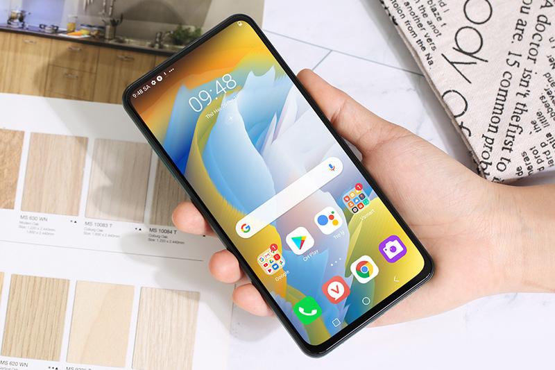 Điện thoại Việt Vsmart năm 2020 và những con số biết nói - Ảnh 6.