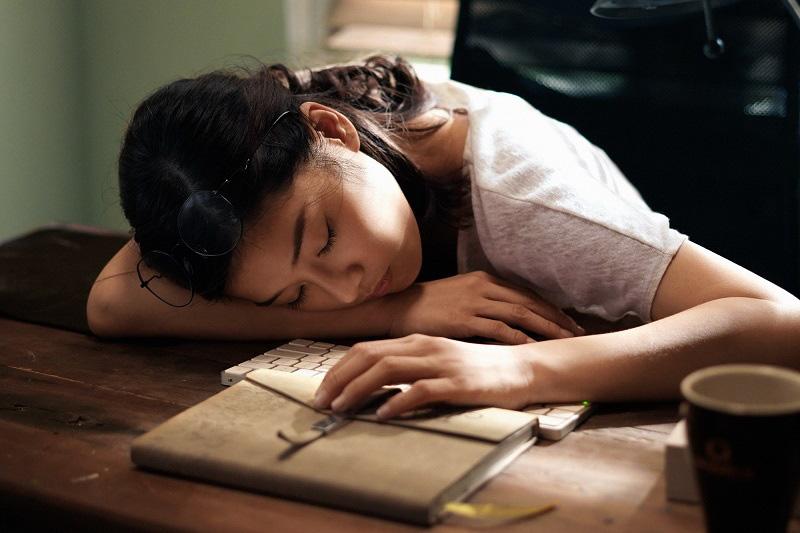 """Trần Ngọc Vàng, Karen Nguyễn nổi lên từ phim """"Người cần quên phải nhớ"""" - Ảnh 4."""