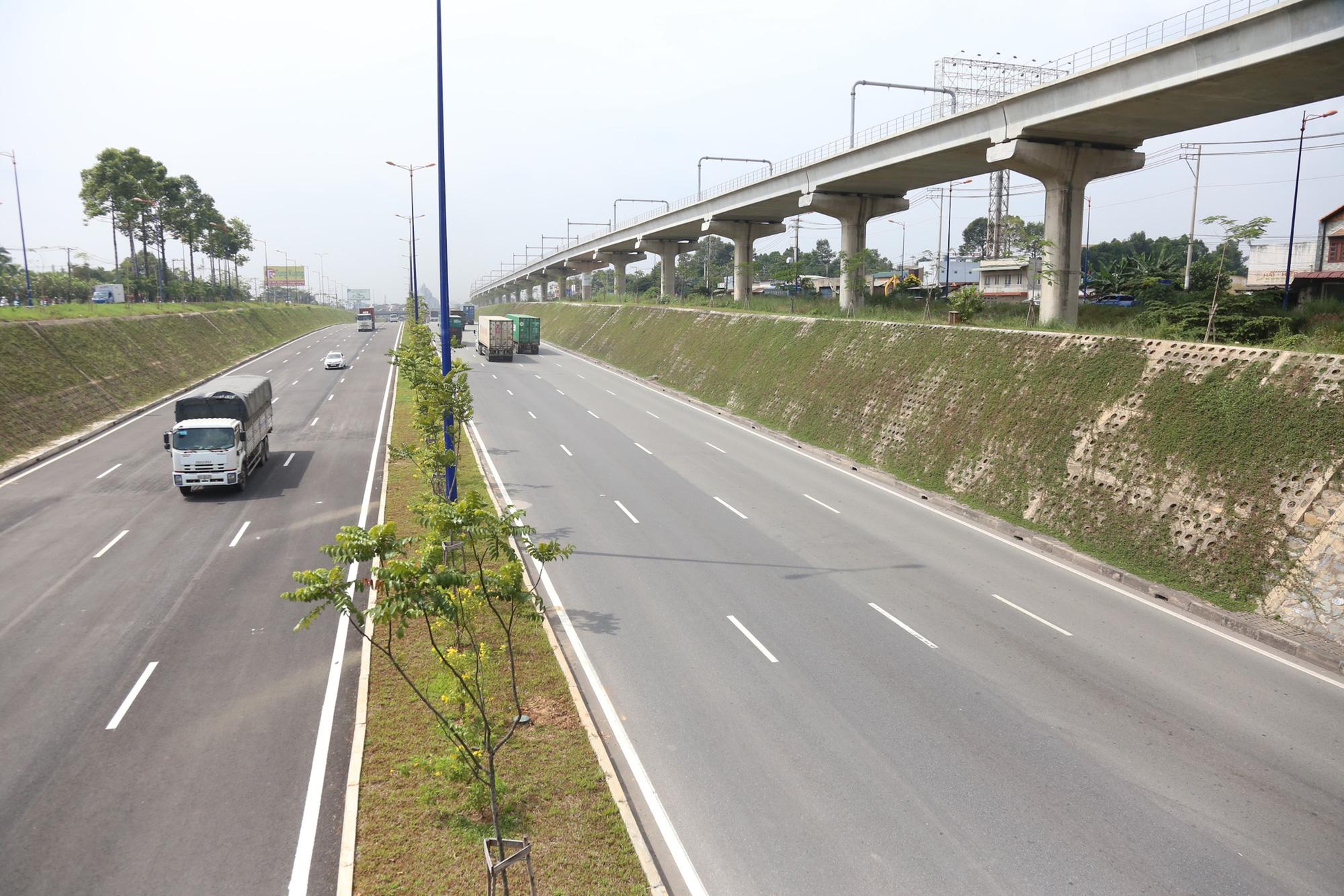 Xa lộ Hà Nội: Rút ngắn thời gian vận chuyển, tăng sức cạnh tranh cho doanh nghiệp - Ảnh 2.