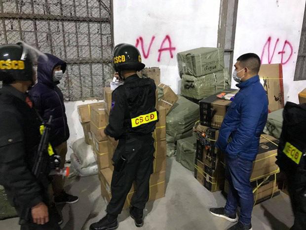 Quảng Ninh: Sẽ xứ nghiêm loạt cán bộ liên quan tới vụ buôn lậu cực lớn tại cửa khẩu Bắc Phong Sinh - Ảnh 1.