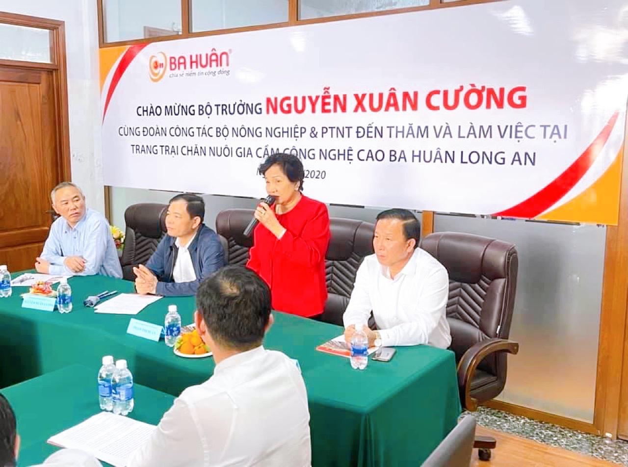 Anh hùng Lao động Phạm Thị Huân cảm ơn lãnh đạo Đảng, Nhà nước, ban, bộ, ngành trung ương, địa phương, nông dân - Ảnh 5.