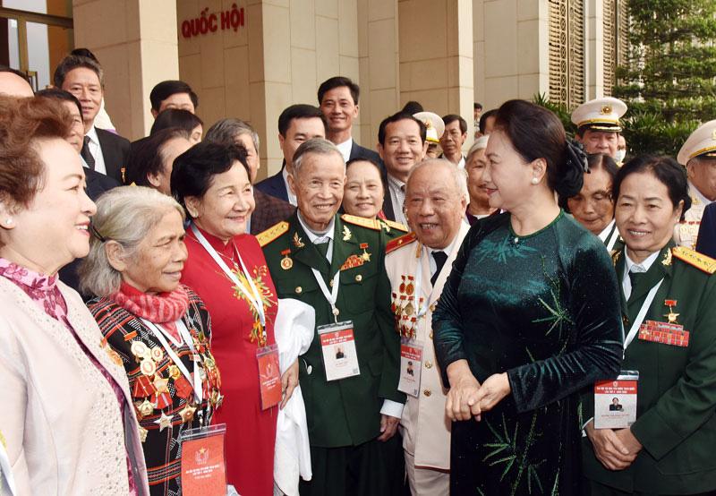 Anh hùng Lao động Phạm Thị Huân cảm ơn lãnh đạo Đảng, Nhà nước, ban, bộ, ngành trung ương, địa phương, nông dân - Ảnh 1.