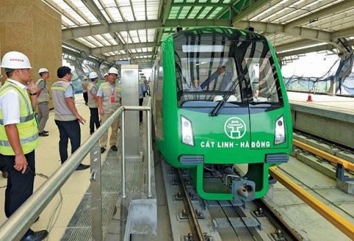 Một thập kỷ đường sắt Cát Linh – Hà Nội với 3 đời Bộ trưởng, đợi chờ có hạnh phúc! - Ảnh 3.