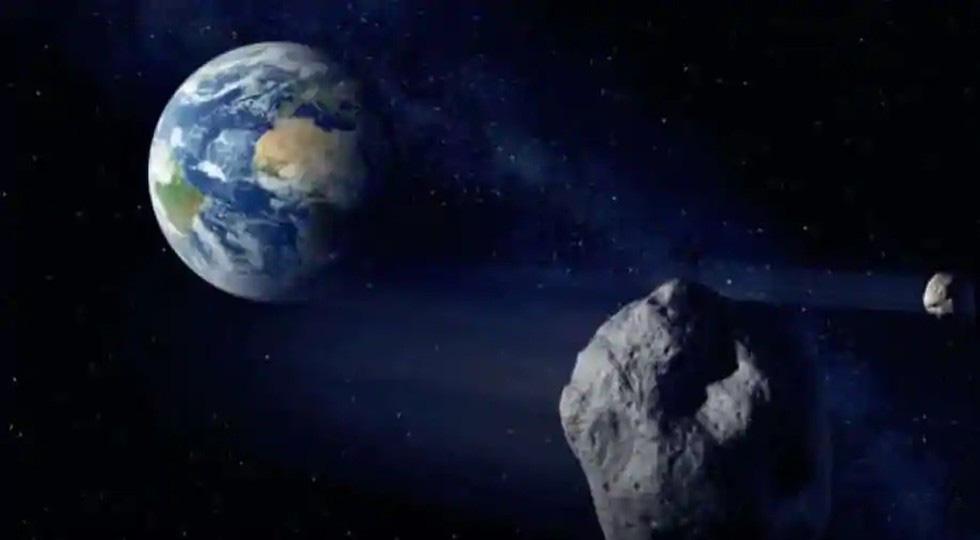 Cảnh báo nóng 3 tiểu hành tinh nguy hiểm đang tiến gần đến Trái Đất - Ảnh 1.