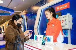 """Người dùng háo hức trải nghiệm điện thoại Vsmart 5G """"Make in Vietnam"""" - Ảnh 6."""