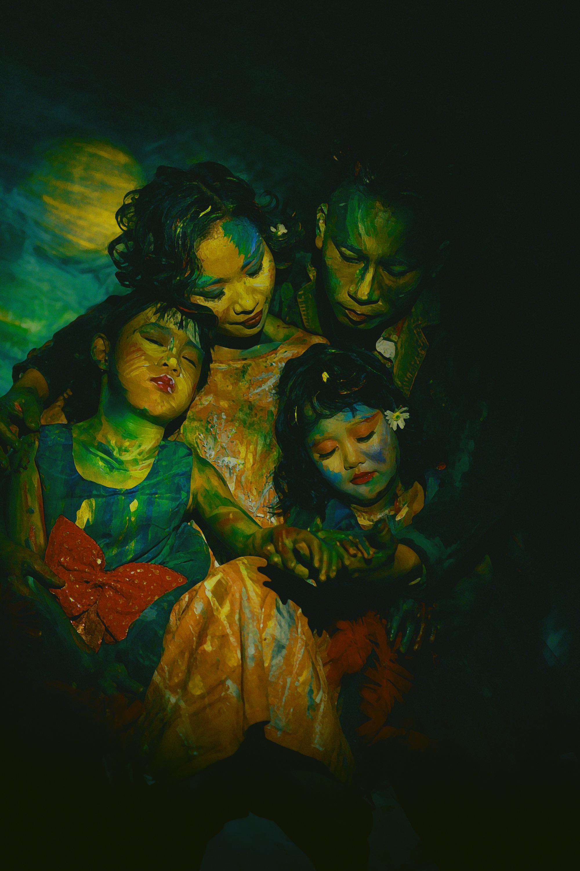 """Live - Colors: Giới trẻ thích thú với trào lưu """"biến"""" mình thành tranh - Ảnh 9."""