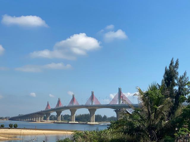 """Quảng Ngãi: Sáp nhập 2 Ban quản lý dự án """"ngàn tỷ"""" trực thuộc tỉnh  - Ảnh 3."""