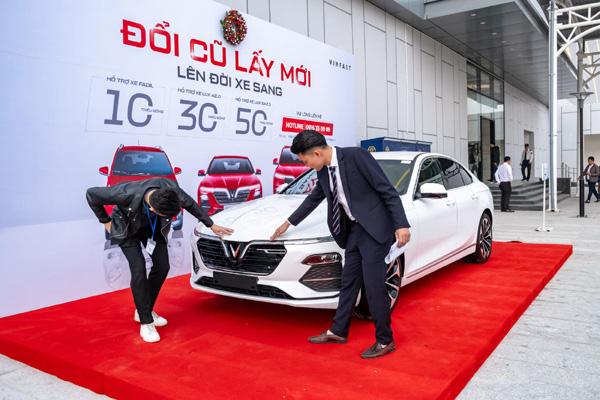 VinFast - dấu ấn của 'người dẫn đầu' trên thị trường ô tô 2020 - Ảnh 3.