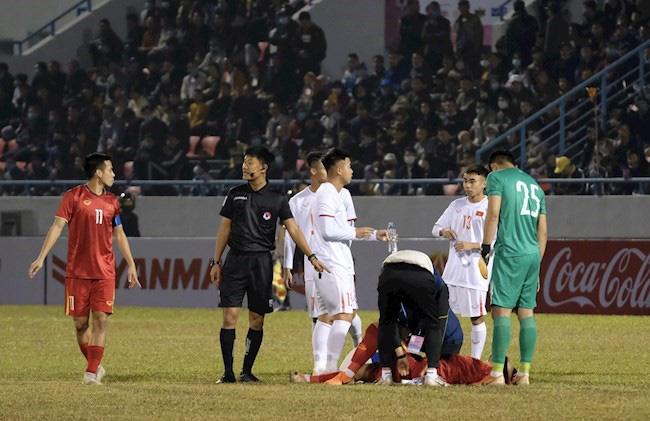 HLV Park Hang-seo nhận tin sét đánh về thủ quân ĐT Việt Nam - Ảnh 2.