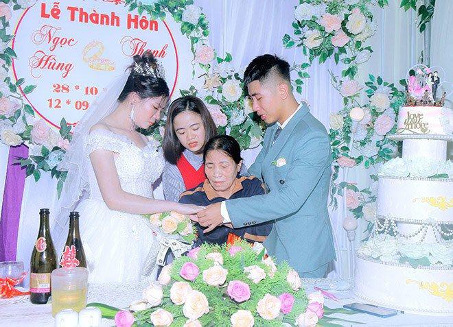 Những đám cưới đình đám, gây sốt dư luận trong năm 2020 - Ảnh 18.