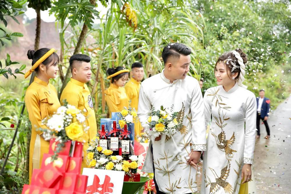 Những đám cưới đình đám, gây sốt dư luận trong năm 2020 - Ảnh 14.