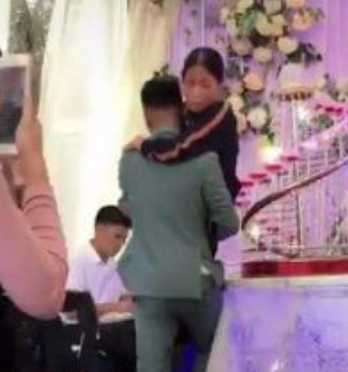 Những đám cưới đình đám, gây sốt dư luận trong năm 2020 - Ảnh 15.