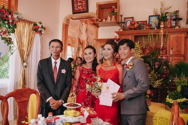 Những đám cưới đình đám, gây sốt dư luận trong năm 2020 - Ảnh 6.