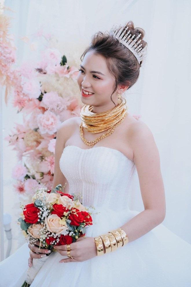Những đám cưới đình đám, gây sốt dư luận trong năm 2020 - Ảnh 8.