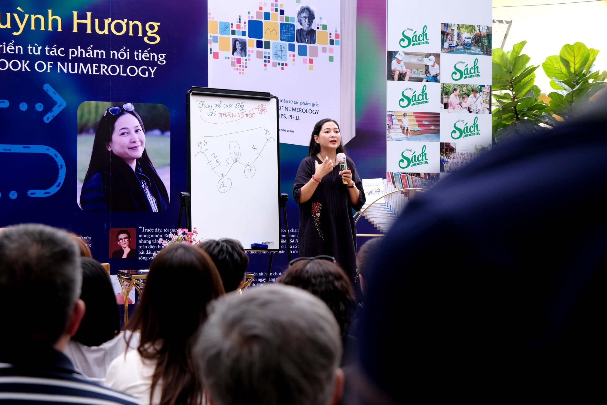 """MC Quỳnh Hương: """"Thử thách lớn nhất với tôi là chia tay với chương trình Thay lời muốn nói"""" - Ảnh 2."""