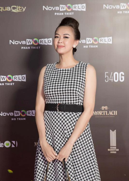"""""""Vietnam International Fashion Festival 2020"""": Những siêu mẫu vang bóng một thời chứng tỏ đẳng cấp - Ảnh 6."""