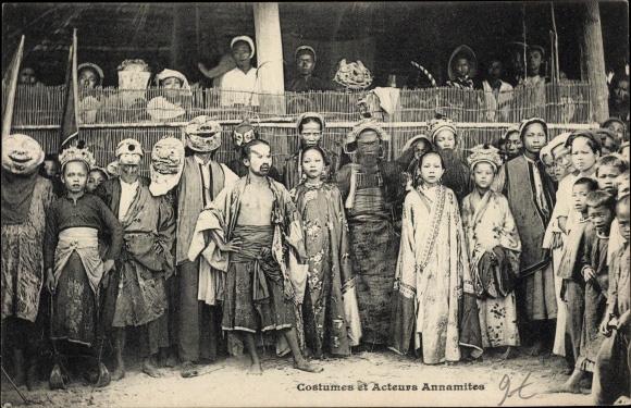 Nghề xẻ gỗ, cắt tóc của người Việt xưa - Ảnh 6.