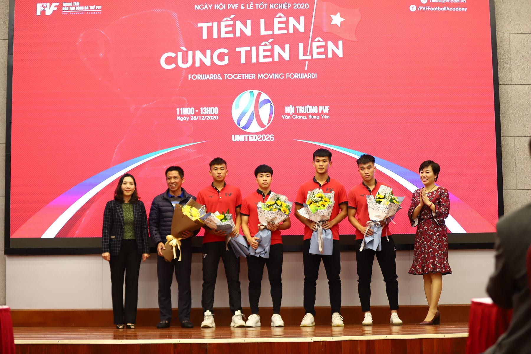 PVF chuyển nhượng 20 cầu thủ cho các CLB bóng đá chuyên nghiệp - Ảnh 3.