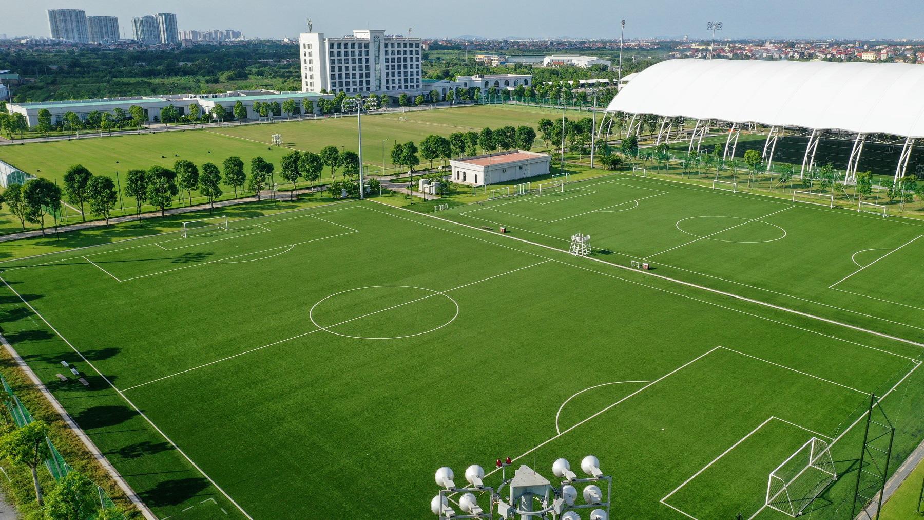 PVF chuyển nhượng 20 cầu thủ cho các CLB bóng đá chuyên nghiệp - Ảnh 4.
