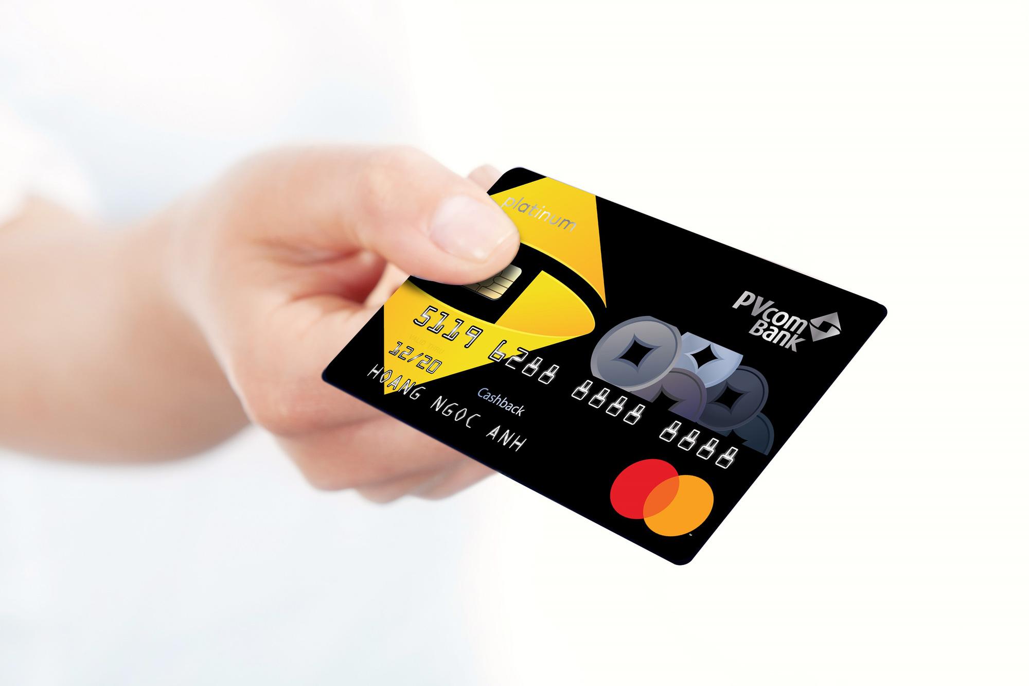 Thẻ PVcomBank Cashback tối ưu cho nhu cầu chi tiêu về y tế, giáo dục - Ảnh 1.