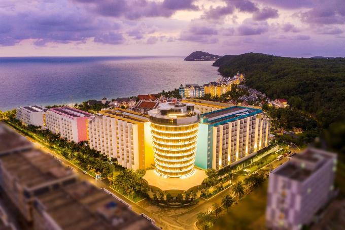 Đảo Ngọc bước vào mùa đẹp nhất năm, dân du lịch, giới đầu tư đều phát sốt - Ảnh 4.