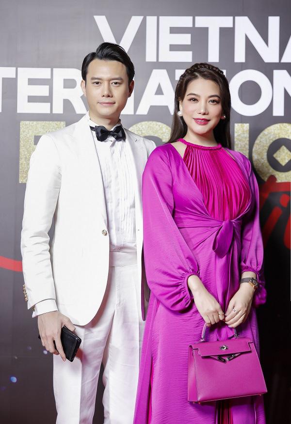 """""""Vietnam International Fashion Festival 2020"""": Những siêu mẫu vang bóng một thời chứng tỏ đẳng cấp - Ảnh 13."""