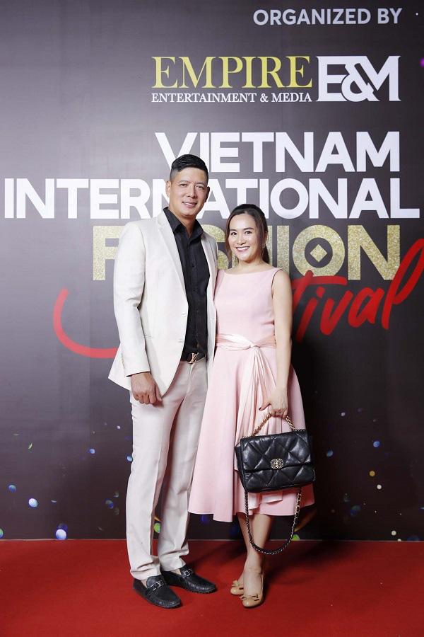 """""""Vietnam International Fashion Festival 2020"""": Những siêu mẫu vang bóng một thời chứng tỏ đẳng cấp - Ảnh 15."""