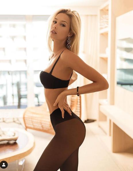 """Viktoria Varga: Siêu mẫu xinh như thiên thần sa lưới tình của tiền đạo """"hám tiền"""" - Ảnh 3."""