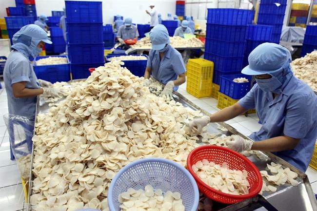 Vĩnh Hoàn (VHC) chào mua 50% vốn của công ty bánh phồng tôm - Ảnh 2.