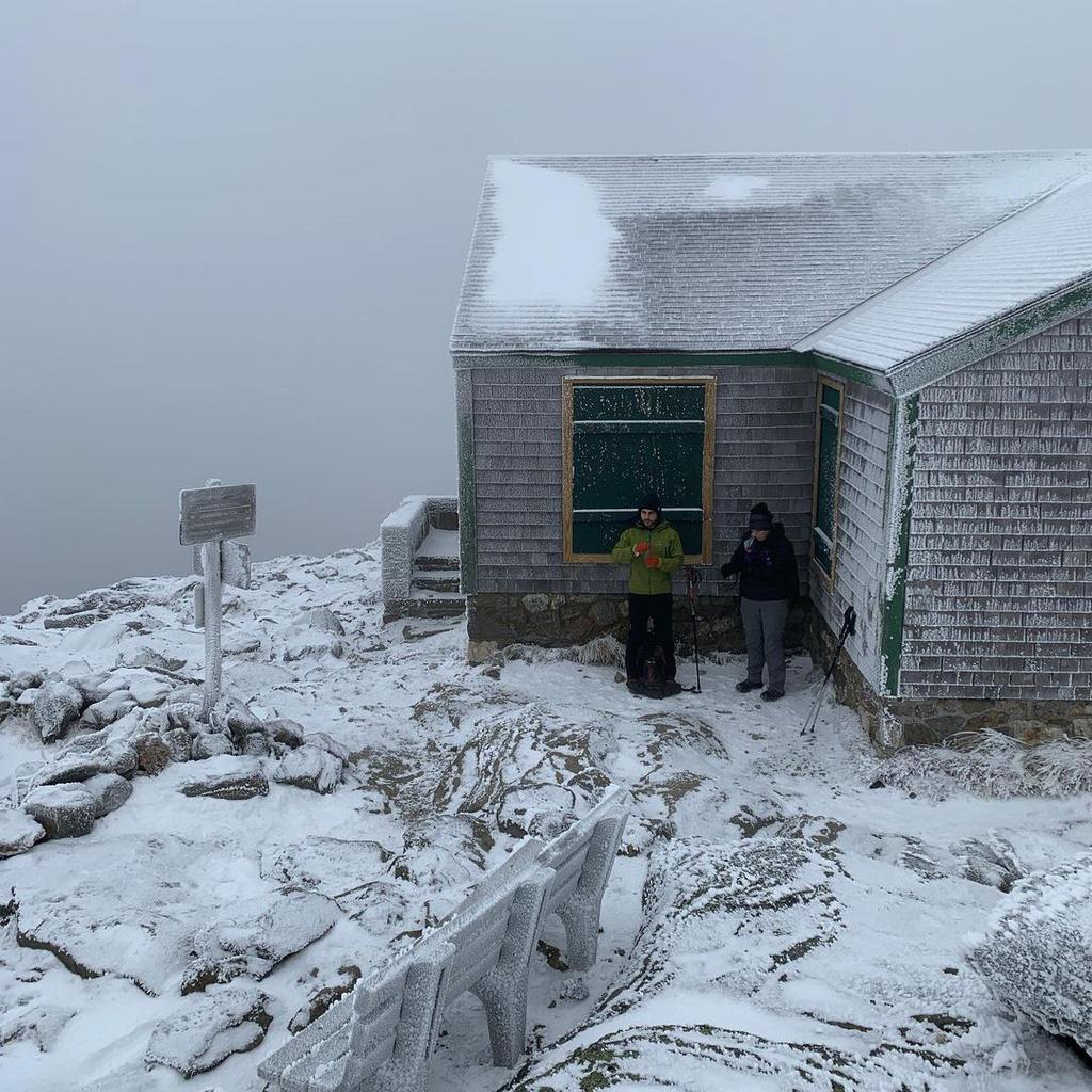 Nơi có thời tiết khắc nghiệt ngang đỉnh Everest - Ảnh 5.