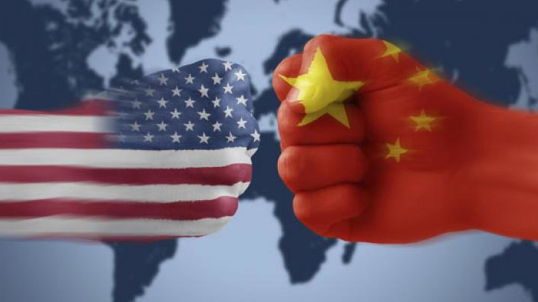 Mỹ tung đòn trừng phạt Trung Quốc - Ảnh 1.