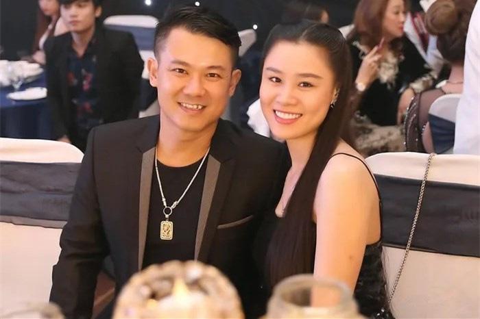 """Vợ trẻ kém ca sĩ Vân Quang Long 10 tuổi: """"Nếu được đổi lại thì sẽ không cho anh đi Mỹ…"""" - Ảnh 4."""