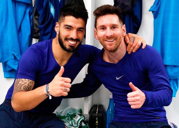 Trong nhiều năm qua, Suarez là người bạn thân nhất với Messi cả trong và ngoài sân cỏ.
