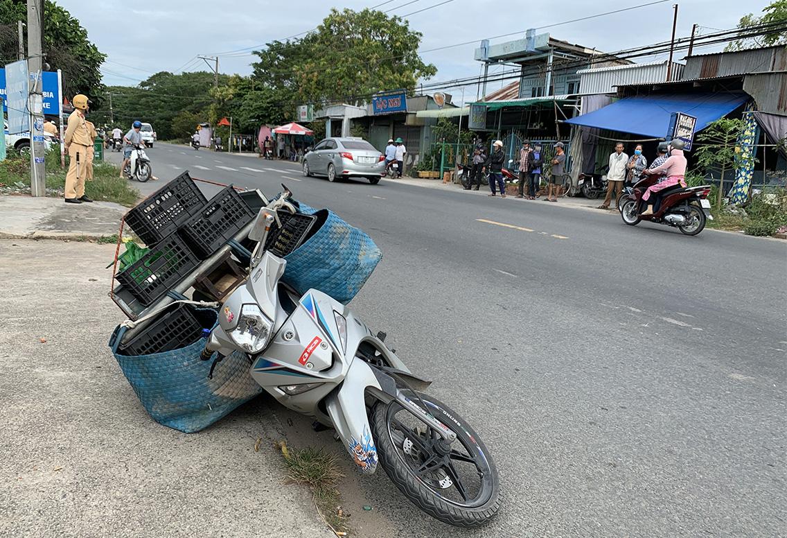 An Giang: Bắt quả tang vụ vận chuyển hơn 16kg nghi cần sa - Ảnh 2.