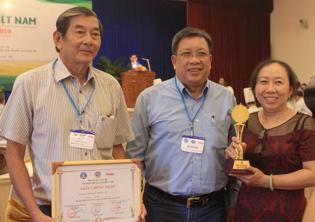 """""""Anh hùng lúa"""" Hồ Quang Cua và hành trình lai tạo hạt gạo ngon nhất thế giới - Ảnh 2."""