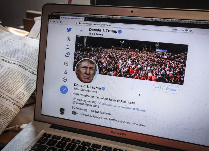 Phe Trump tung video bất ngờ làm bằng chứng gian lận phiếu bầu ở Georgia - Ảnh 1.