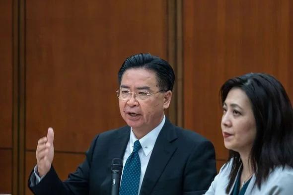 Đài Loan thừa nhận sốc về nguy cơ xung đột quân sự với Trung Quốc - Ảnh 3.