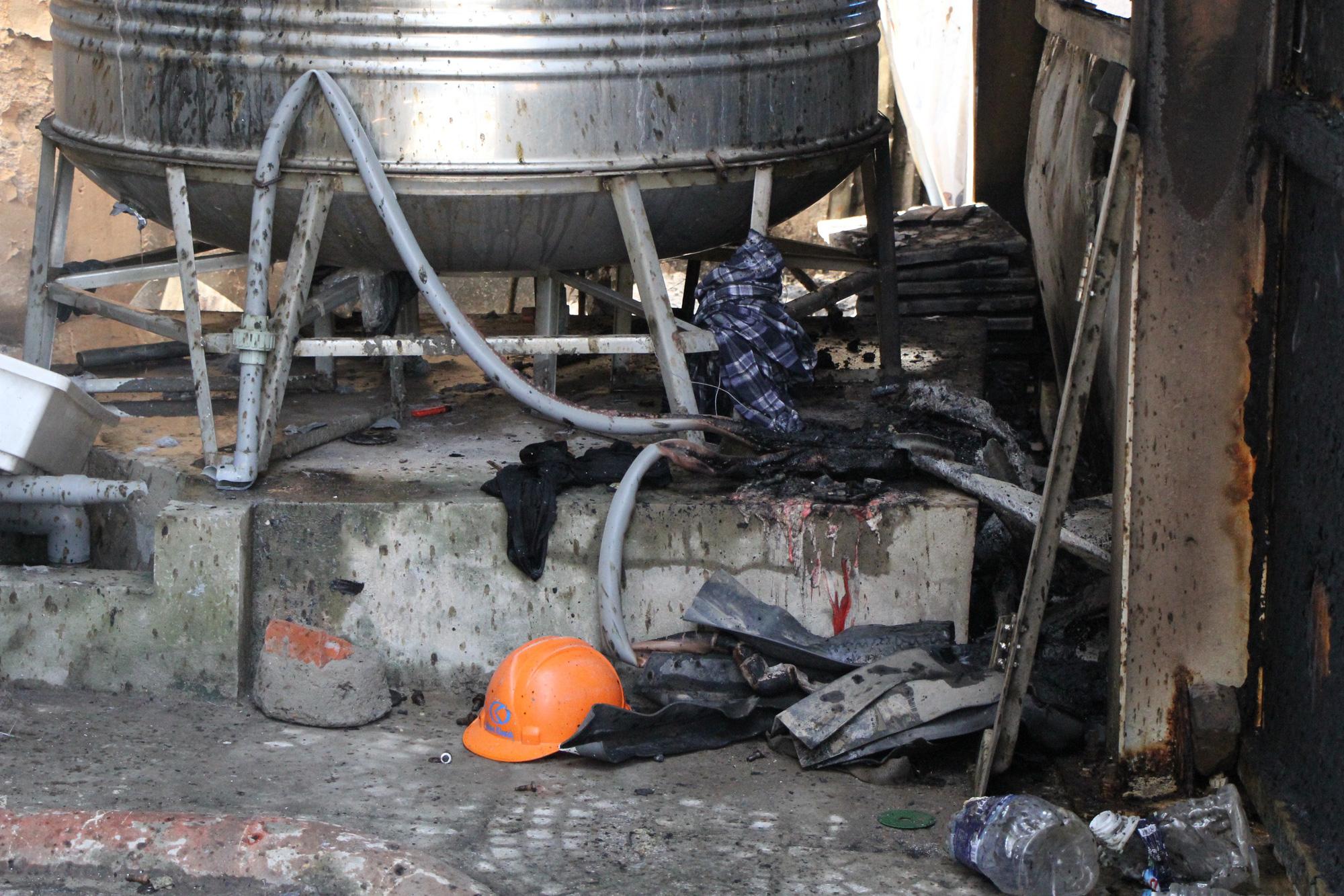 Hà Nội: Cháy hệ thống điều hòa chung cư, hàng trăm người hoảng loạn bỏ chạy - Ảnh 5.