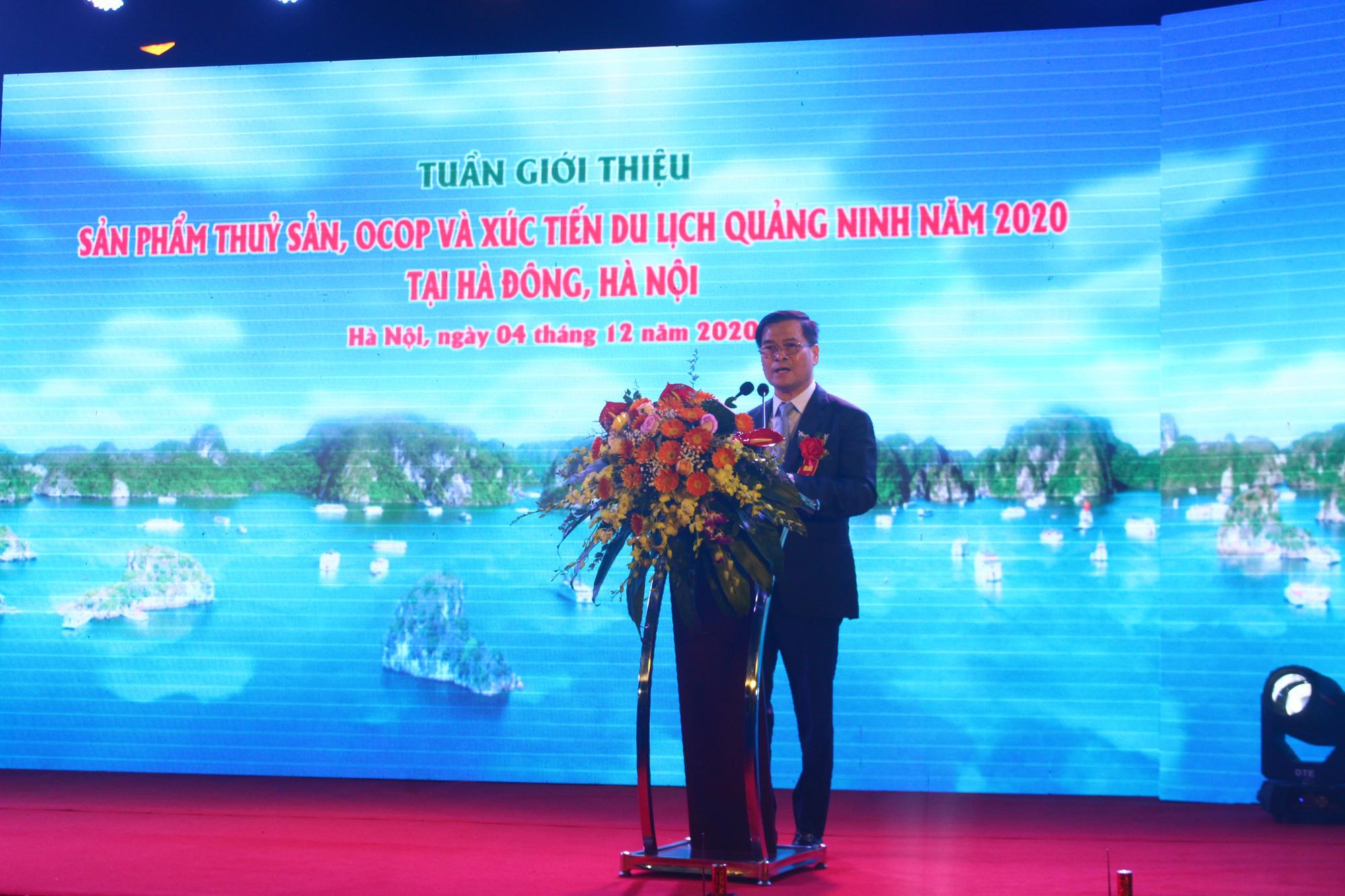 Hàng trăm đặc sản Quảng Ninh bày bán ở Hà Nội, có nước mắm sá sùng- nước mắm của loại hải sản đắt như vàng - Ảnh 6.