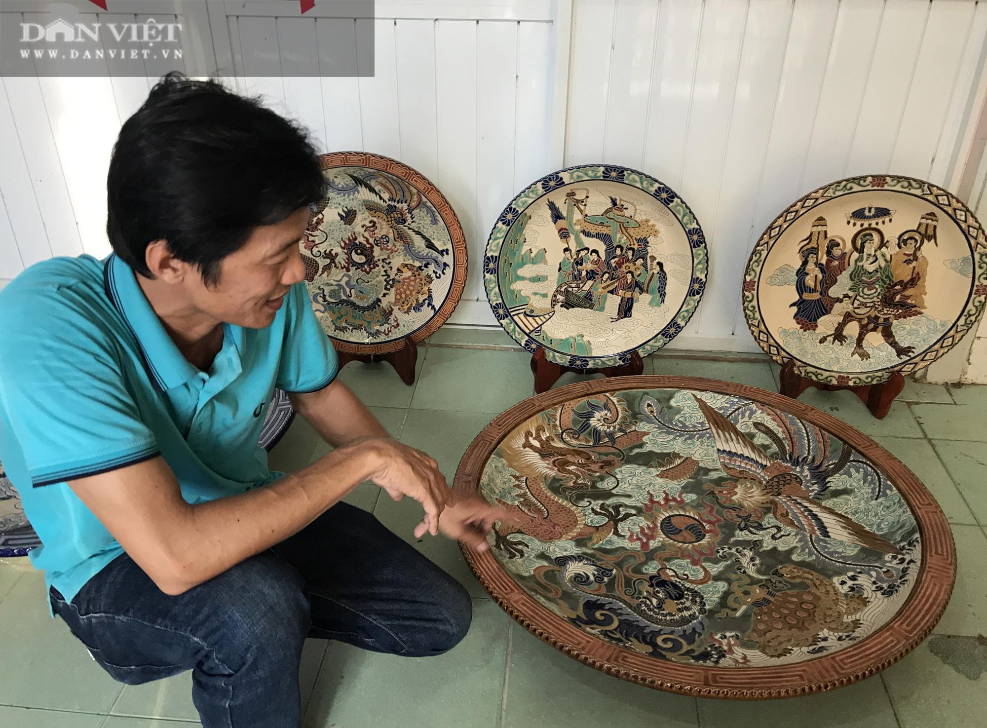 Bảo tàng cá nhân về gốm sứ kích thước khủng của thầy giáo miền Tây - Ảnh 9.