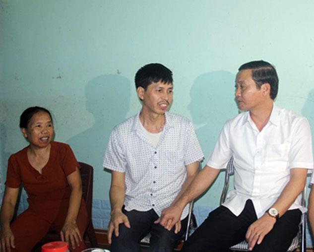 """Tân Chủ tịch UBND tỉnh Thanh Hóa Đỗ Minh Tuấn hứa sẽ """"trọng dân, gần dân, lắng nghe tâm tư, nguyện vọng dân"""" - Ảnh 2."""